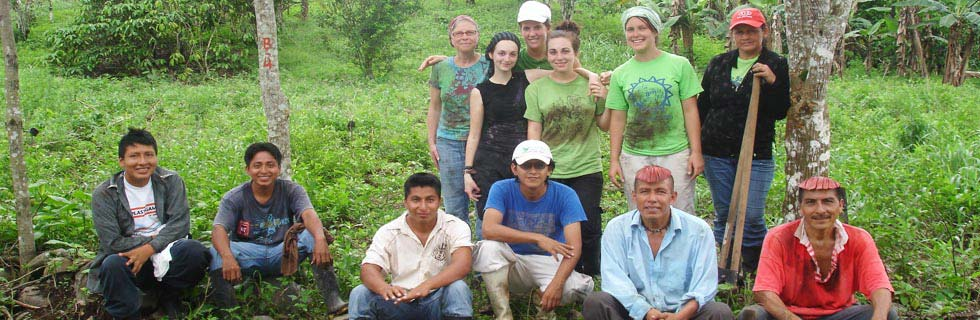 volunteer in Ecuador - in the Amazon, the Andes, the Pacific coast and on the Galapagos Islands - individual and group volunteer placements for international students