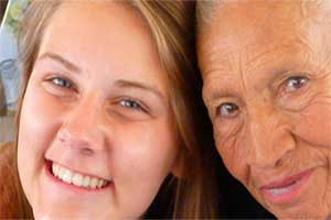 volunteer with aged-in-need in Quito taking Spanish classes and volunteering